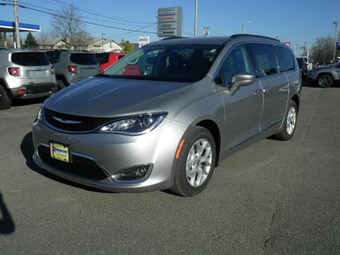2017 Chrysler Pacifica for sale in Newport VT