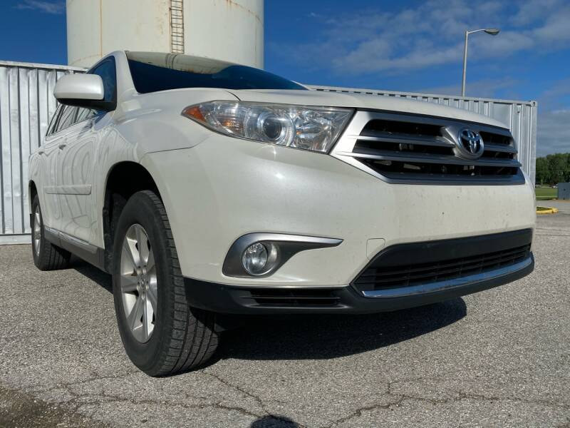 2012 Toyota Highlander for sale at P.G.P. Exotic Auto Sales Inc. in Owensboro KY
