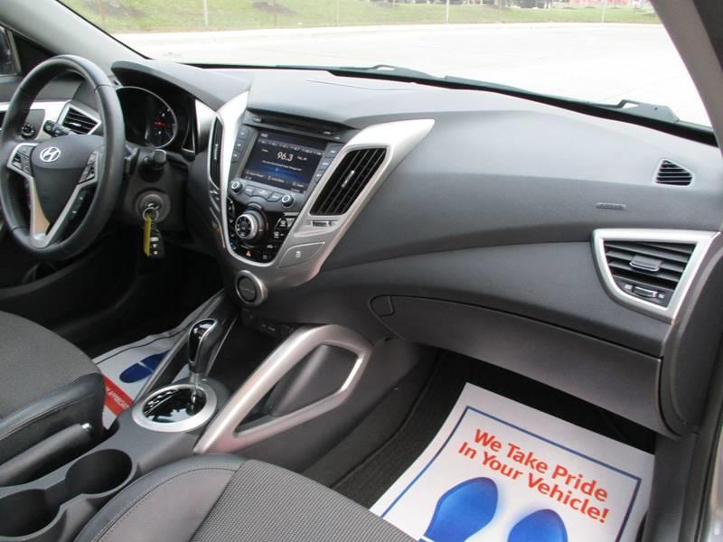 2013 Hyundai Veloster for sale at Western Star Auto Sales in Chicago IL