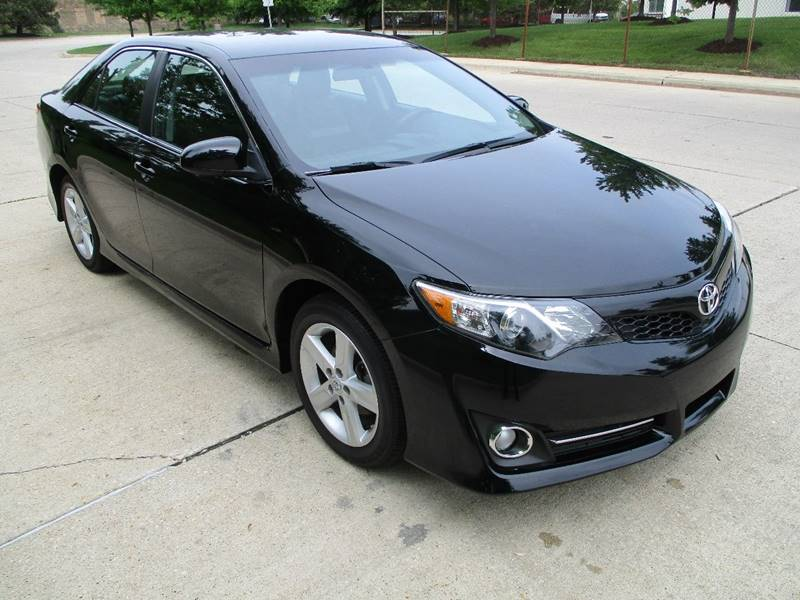 2013 Toyota Camry for sale at Western Star Auto Sales in Chicago IL