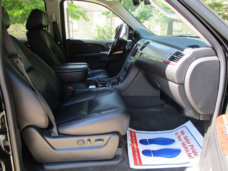 2010 Cadillac Escalade for sale at Western Star Auto Sales in Chicago IL