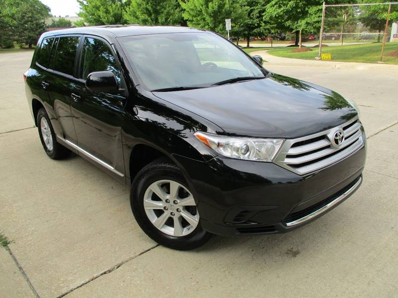 2013 Toyota Highlander for sale at Western Star Auto Sales in Chicago IL
