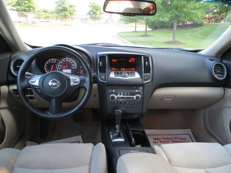 2014 Nissan Maxima for sale at Western Star Auto Sales in Chicago IL