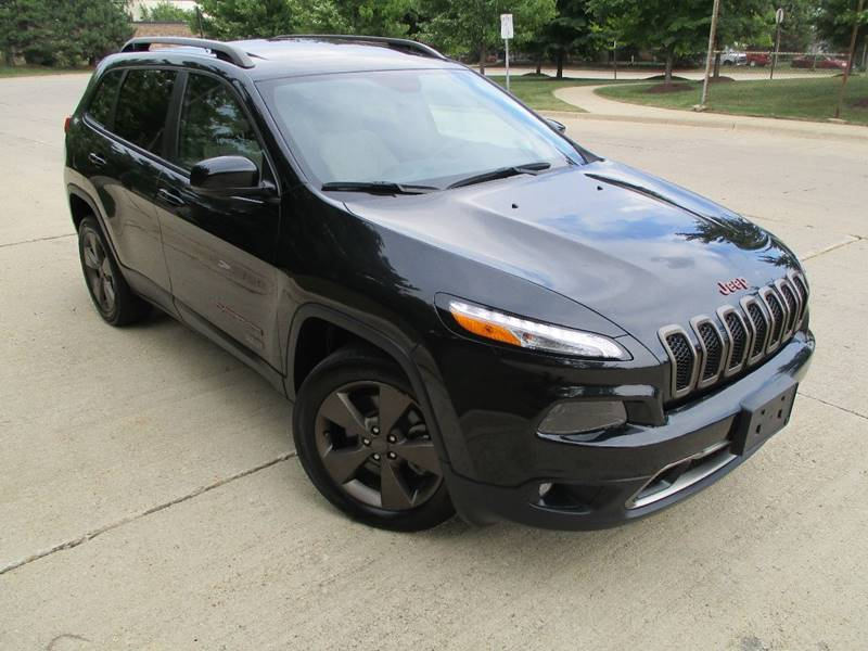 2016 Jeep Cherokee for sale at Western Star Auto Sales in Chicago IL