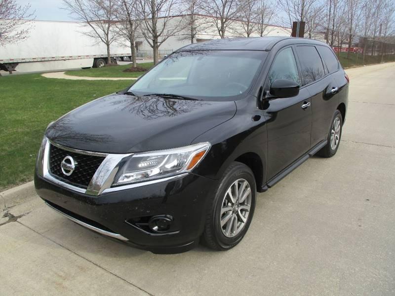 2013 Nissan Pathfinder SV In Chicago IL - Western Star Auto Sales