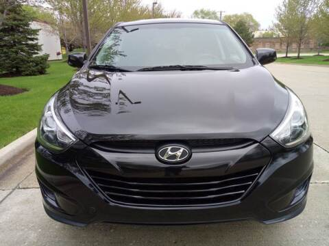 2015 Hyundai Tucson for sale at Western Star Auto Sales in Chicago IL