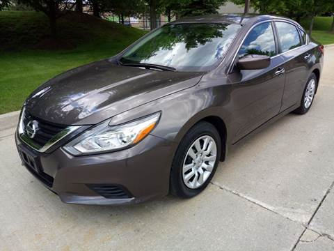 2016 Nissan Altima for sale at Western Star Auto Sales in Chicago IL