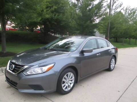 2017 Nissan Altima 2.5 SV for sale at Western Star Auto Sales in Chicago IL