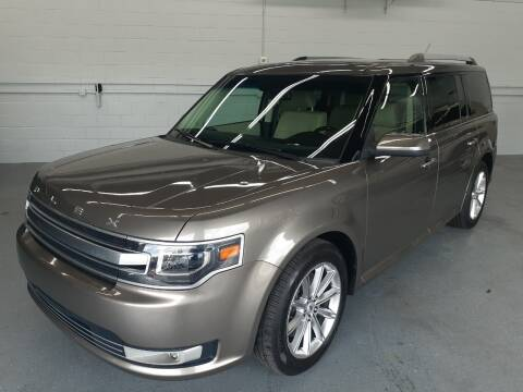 2013 Ford Flex for sale at Western Star Auto Sales in Chicago IL