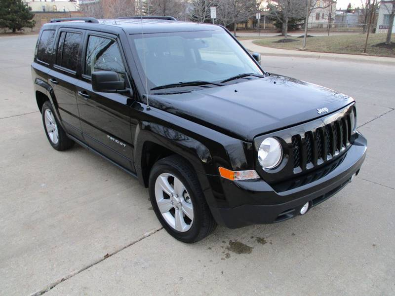 2017 Jeep Patriot for sale at Western Star Auto Sales in Chicago IL