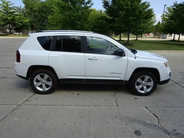 2016 Jeep Compass for sale at Western Star Auto Sales in Chicago IL