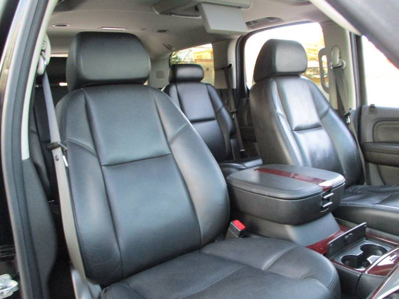 2008 Cadillac Escalade for sale at Western Star Auto Sales in Chicago IL