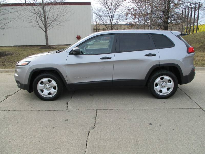 2015 Jeep Cherokee for sale at Western Star Auto Sales in Chicago IL