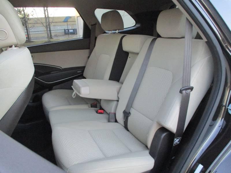2017 Hyundai Santa Fe for sale at Western Star Auto Sales in Chicago IL