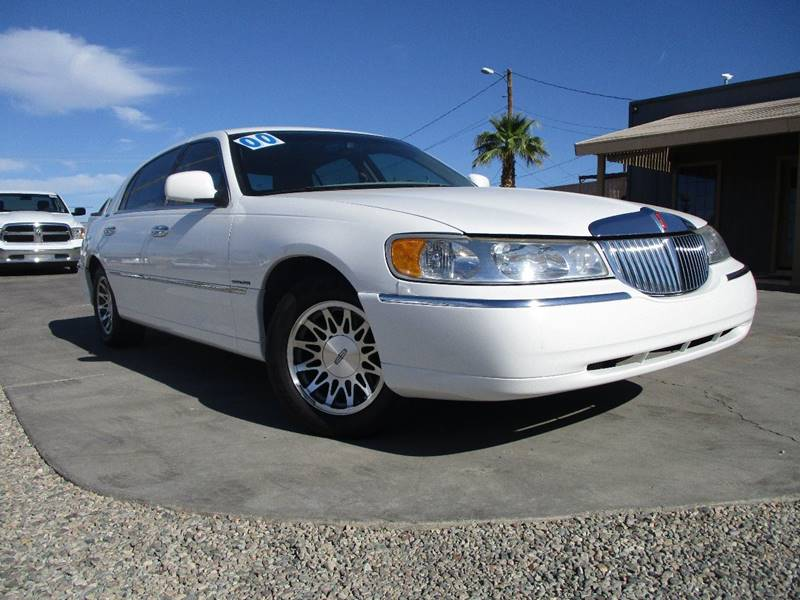 2000 Lincoln Town Car Signature 4dr Sedan In Lake Havasu City Az