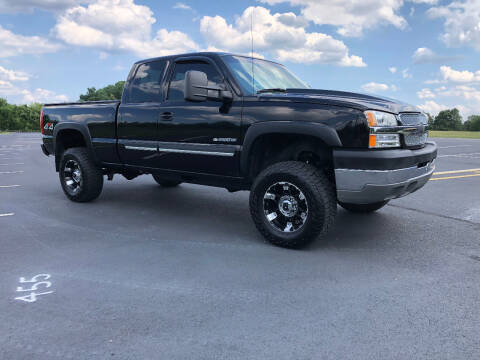 2004 Chevrolet Silverado 2500HD for sale at Superior Wholesalers Inc. in Fredericksburg VA