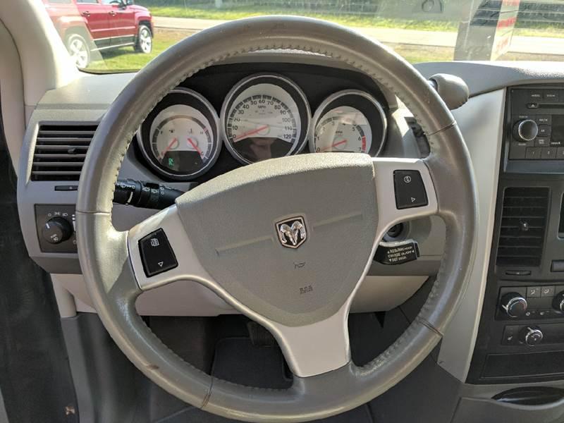 2009 Dodge Grand Caravan for sale at McClain Auto Mall in Rochelle IL
