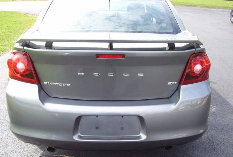 2013 Dodge Avenger for sale at McClain Auto Mall in Rochelle IL