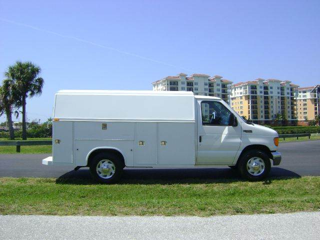 2004 Ford E-Series Chassis for sale at Mason Enterprise Sales in Venice FL