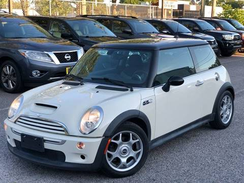 2006 MINI Cooper for sale at Carterra in Norfolk VA