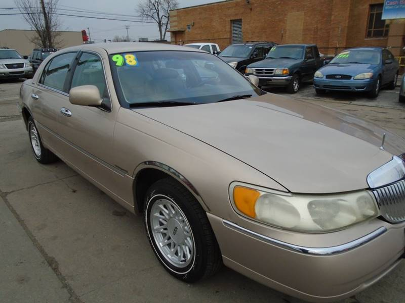 1998 Lincoln Town Car Signature 4dr Sedan In Toledo Oh First Step