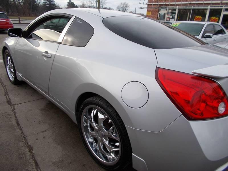 2011 Nissan Altima 2.5 S 2dr Coupe CVT - Toledo OH