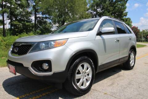 2012 Kia Sorento for sale at Oak City Motors in Garner NC