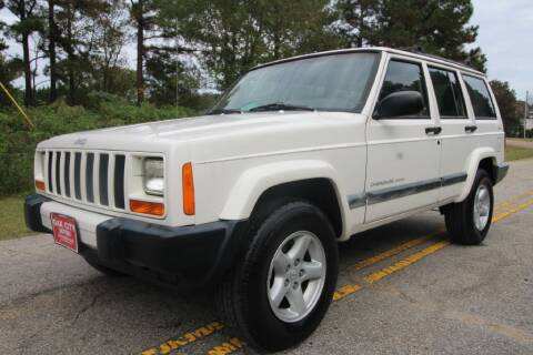 2001 Jeep Cherokee for sale at Oak City Motors in Garner NC