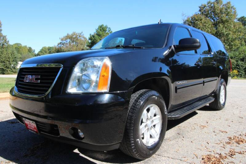 2013 GMC Yukon XL for sale at Oak City Motors in Garner NC