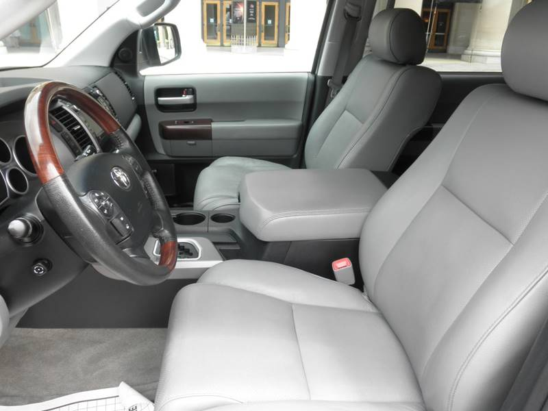 2011 Toyota Sequoia 4x4 Platinum 4dr SUV (5.7L V8) - Richmond VA