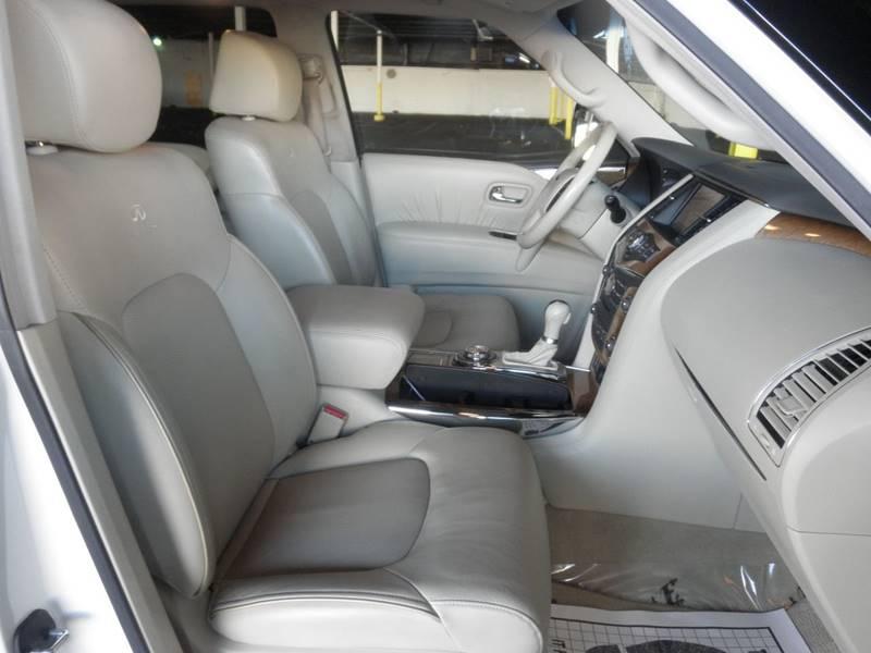 2011 Infiniti QX56 4x4 4dr SUV w/ Split Bench Seat Package - Richmond VA