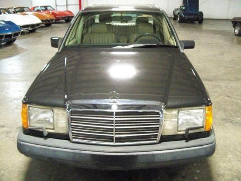 1989 Mercedes-Benz 300-Class for sale at Heartland Classic Cars in Effingham IL