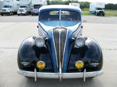 1937 Hudson Deluxe 8
