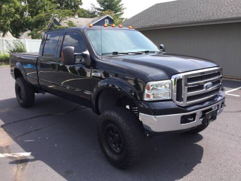 2005 Ford F-350 Super Duty for sale at International Motor Group LLC in Hasbrouck Heights NJ