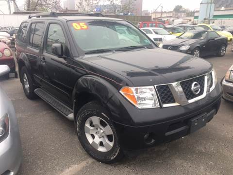 2005 Nissan Pathfinder for sale in Newark, NJ