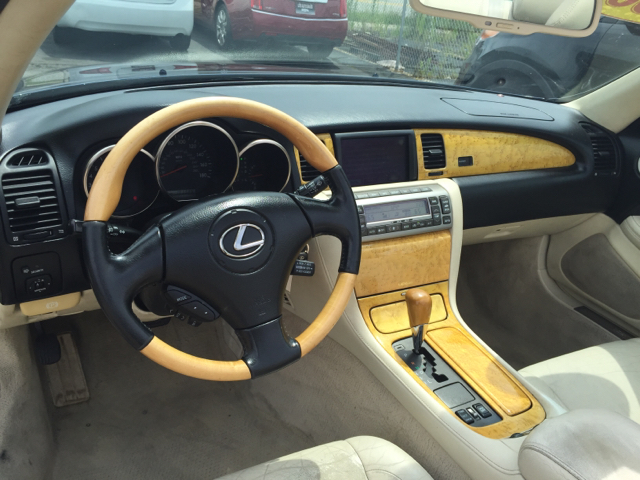 2002 Lexus SC 430 Base 2dr Convertible - Cincinnati OH