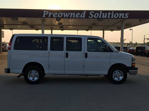 2016 Chevrolet Express Passenger for sale in Urbandale, IA