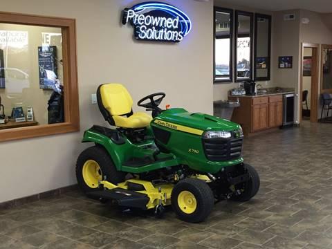 2015 John Deere X730 Tractor/Mower