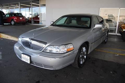 2004 Lincoln Town Car for sale in Sacramento, CA