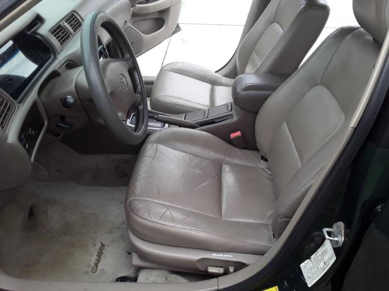 2001 Toyota Camry XLE V6 4dr Sedan - Tampa FL
