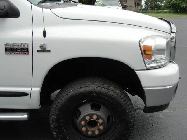 2007 Dodge Ram Pickup 3500 4x4 SLT 4dr Quad Cab LB - Bergen NY