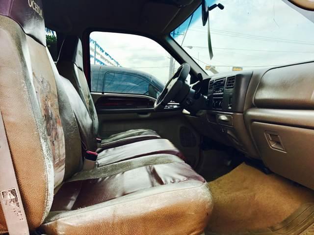2001 Ford F-250 Super Duty 4dr Crew Cab Lariat 4WD LB - Conroe TX