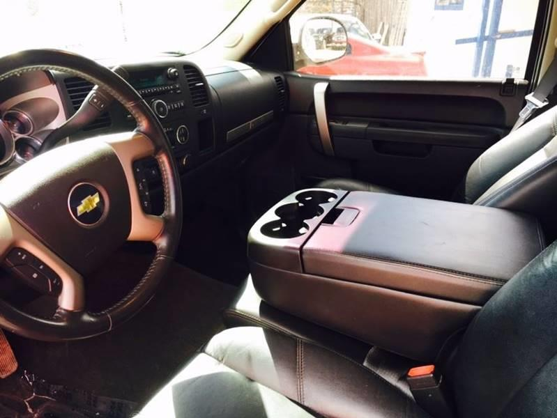 2011 Chevrolet Silverado 1500 4x4 LT 4dr Crew Cab 5.8 ft. SB - Conroe TX