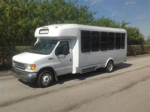 2005 Ford E-Series Chassis for sale in Fort Lauderdale, FL