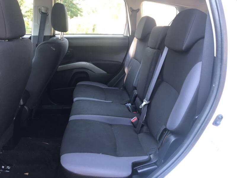 2008 Mitsubishi Outlander ES 4dr SUV - Derry NH