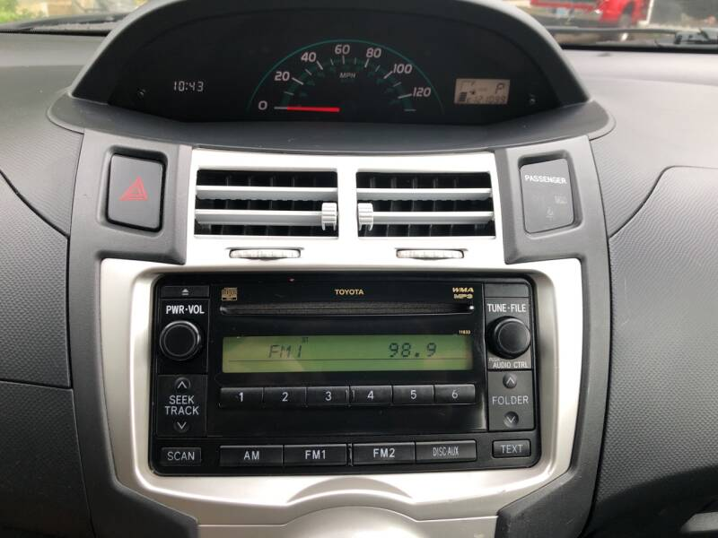 2008 Toyota Yaris 2dr Hatchback 4A - Derry NH
