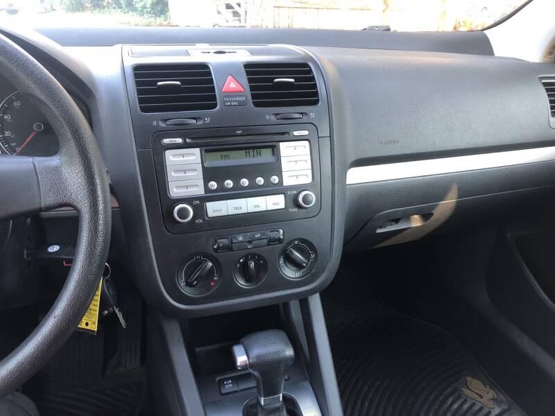 2008 Volkswagen Rabbit S PZEV 2dr Hatchback 6A - Derry NH