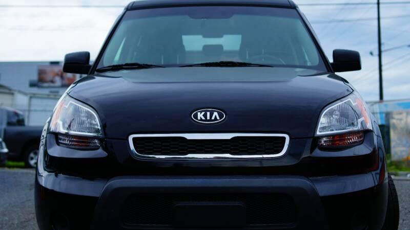 2011 Kia Soul + 4dr Crossover 4A - Seattle WA