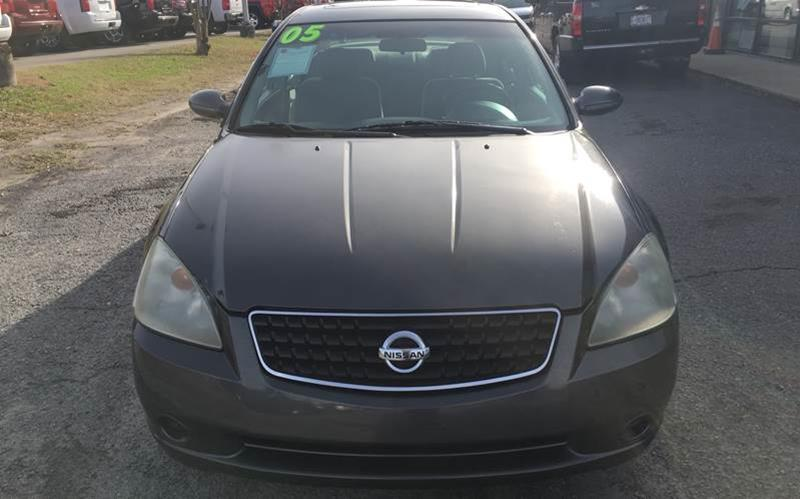 Nissan Greenville Nc >> 2005 Nissan Altima 3 5 Se 4dr Sedan In Greenville Nc East