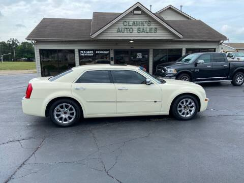 2010 Chrysler 300 for sale at Clarks Auto Sales in Middletown OH